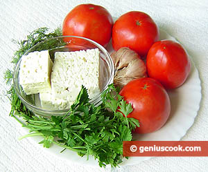 Ingredienti pomodori ripieni di formaggio di pecora
