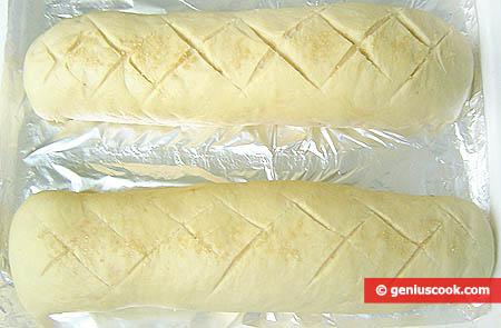 Panetti degli strudel, pronti, per la cottura al forno