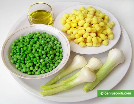 Ingredienti per gli gnocchetti e piselli