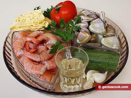 Ingredienti per i Troccoli in salsa di telline e gamberi
