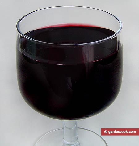 Calice di vino rosso, naturale