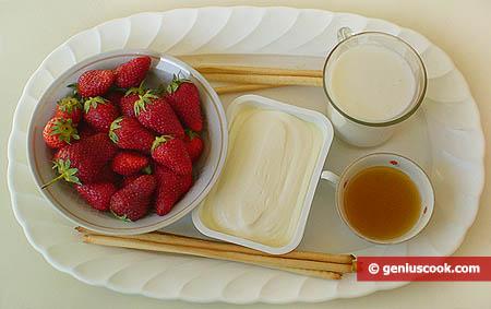 Ingredienti per la mousse di fragole alla ricotta