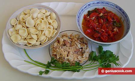 ingredienti per le orecchiette in guazzetto di gallinella