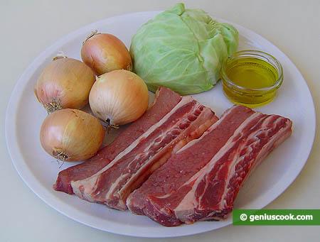 ingredienti per il biancostato di vitellone con cavolo cappuccio