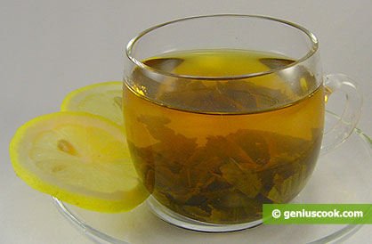 Tè verde con limone