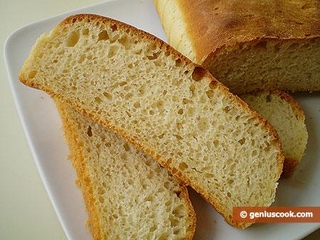 fette del Pane all'olio, con semola, fatto in casa