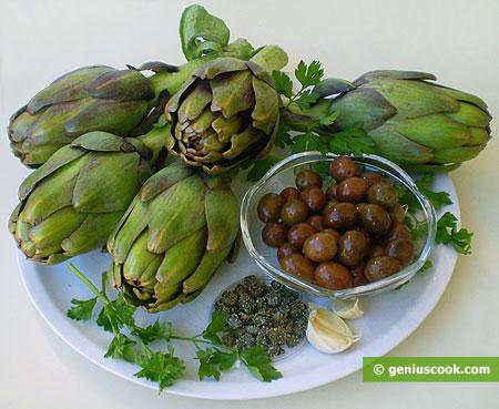 ingredienti pal la salsa di carciofi, olive e capperi