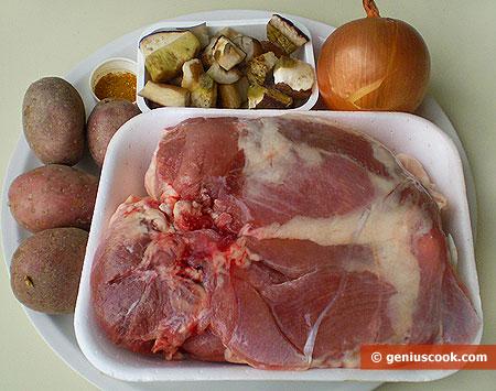 ingredienti per il Tacchino al forno con patate e funghi porcini
