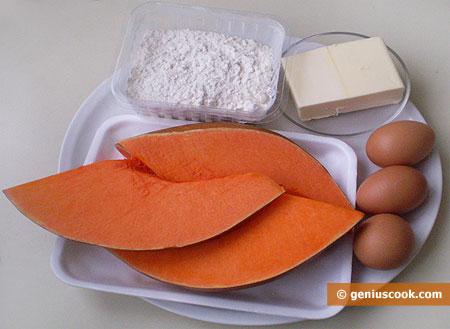 ingredienti per i Croissant, cornetti, ripieni di zucca
