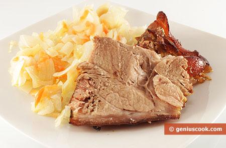 Porzione di stinco di maiale al forno
