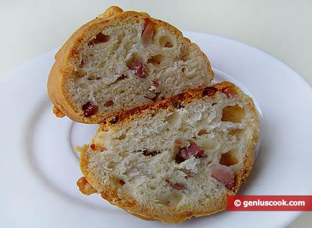 Vista interna dei panini al forno alla napoletana