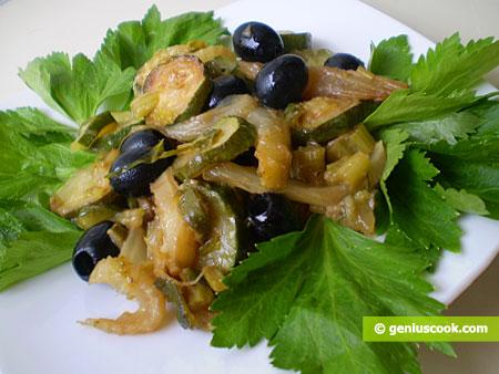 Zucchini in padella con finocchi e sedano