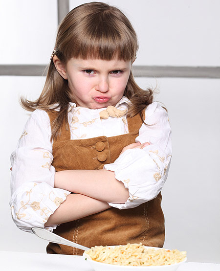 Come indurre i bambini a mangiare cibi salutari?