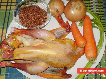 Ingredienti per la Zuppa di faraona con riso integrale