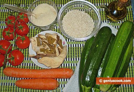 Ingredienti per gli Zucchini ripieni con riso e funghi porcini