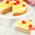 Torta con mousse al limone e yogurt