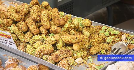 Biscotti pasta di pistacchi della Sicilia