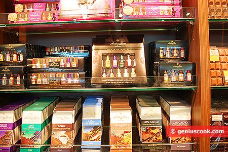 Mini liquori al cioccolato e cioccolato con varie sfumature di sapori