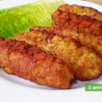 Polpette di pollo con formaggio e pesto