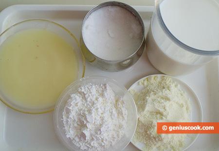 Ingredienti per il Gelato al latte con glassa di cioccolato fondente