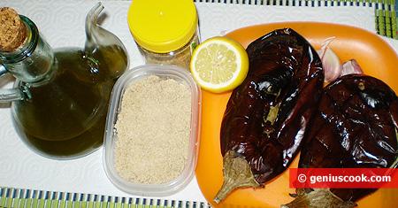 Ingredienti per il Baba Ghanoush, patè di melanzane e sesamo