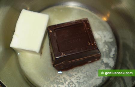 cioccolato e burro in fusione