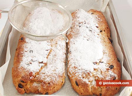 cospargere lo zucchero a velo