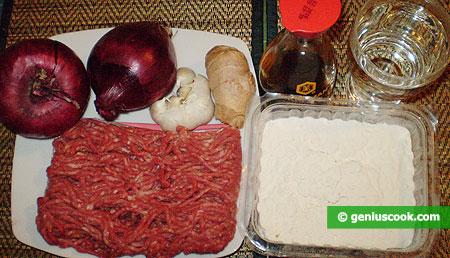 Ingredienti per i Momo Tibetiani