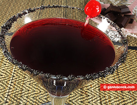 Cocktail Cosmoplitan con Ribes nero