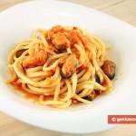 Spaghetti con le cozze allo zenzero e porri