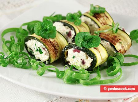 Involtini di Zucchini con Formaggio e Acciughe