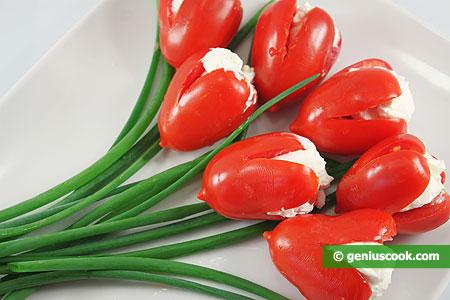 Antipasto con Tulipani di Pomodoro