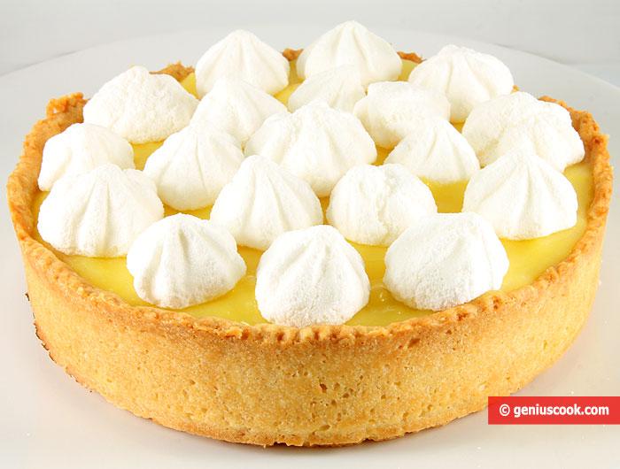 Crostata con Crema di Limone e Meringhe