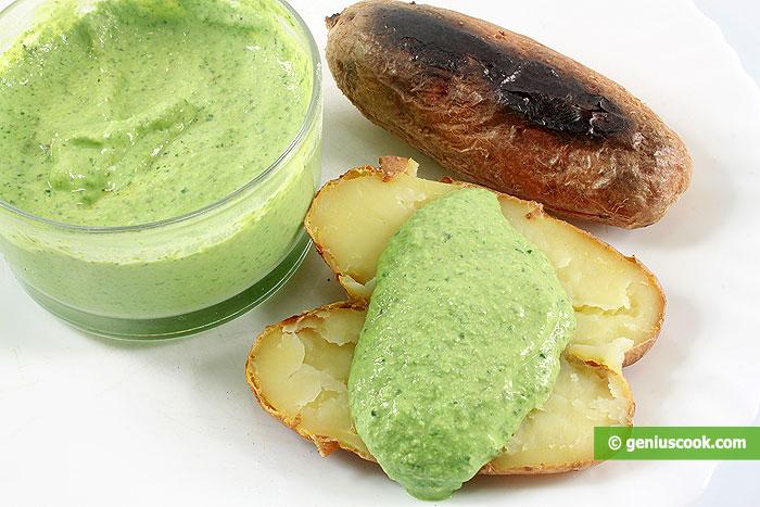 Salsa verde di Francoforte con patate al forno