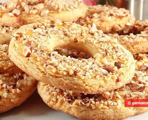 Biscotti anelli alle Mandorle