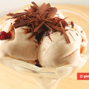 Gelato di Yogurt con Cannella e Mirtilli
