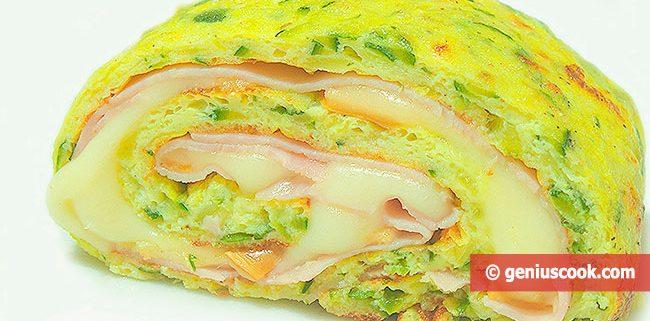 Arrotolato di uova con zucchini prosciutto formaggio